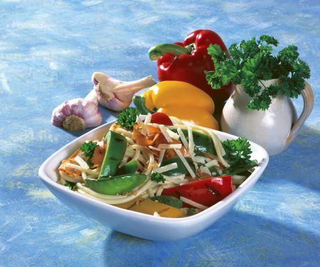 Gegrilltes Gemüse auf Pasta