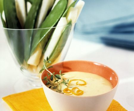 Gemüse mit Quarkdip