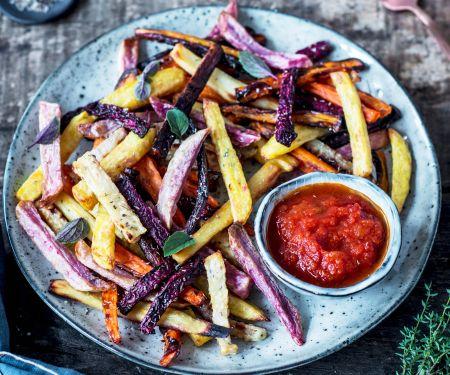 Gemüse-Pommes mit Ketchup
