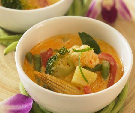 Gemüsecurry auf thailändische Art