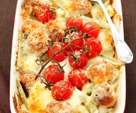 Gemüsegratin mit Fleischbällchen