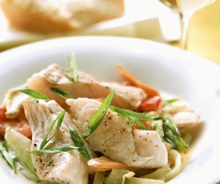 Gemüsepfanne mit Fischfilet