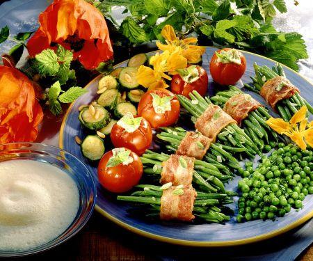 Gemüseplatte mit Sekt-Schaum