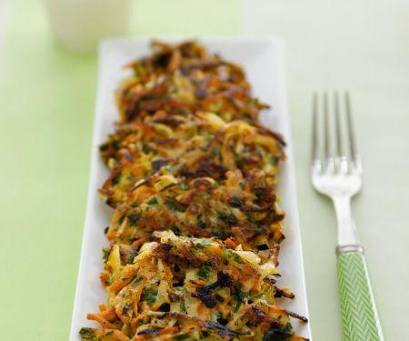 Gemüsepuffer mit Zucchini und Möhren