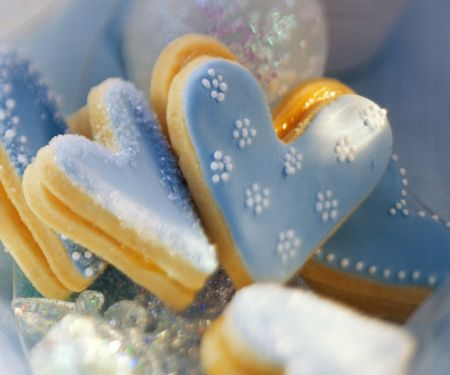 Blaue Herz-Plätzchen