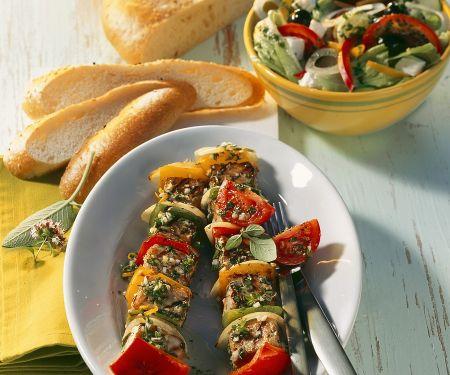 Grillspieße  mit Fleisch und Gemüse