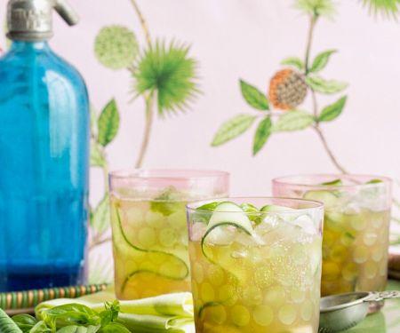 Gurken-Basilikum-Drink