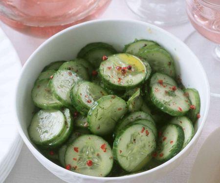 Gurkensalat mit Chili