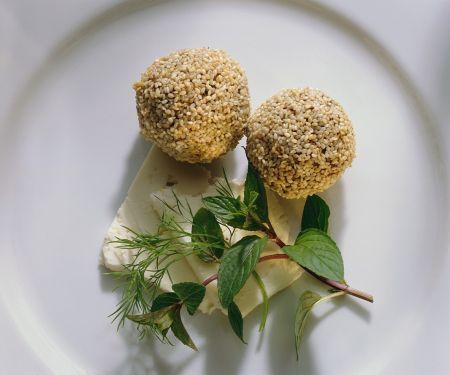 Hackfleisch-Sesambällchen