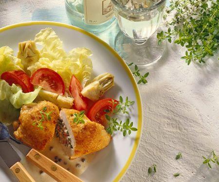 Hähnchen-Cordon Bleu mit Salat