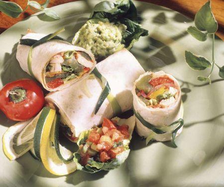 Hähnchen-Gemüse-Fajitas mit Avocadodip