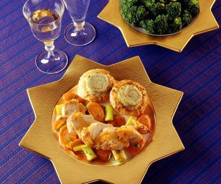 Hähnchen mit Gemüse und Blätterteig