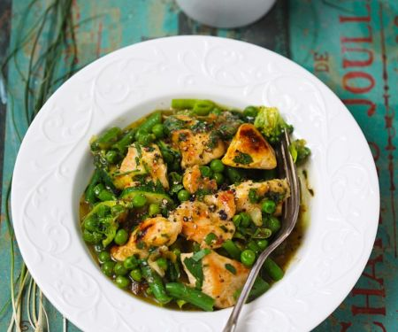 Hähnchen mit grünem Gemüse
