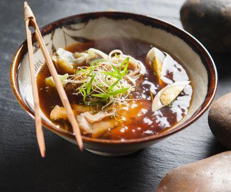 Hähnchen-Suppe