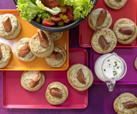 Hefeküchlein mit Salat