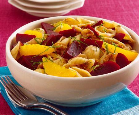 Herbstlicher Nudelsalat