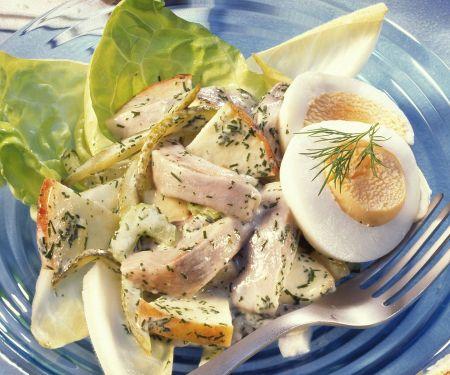 Herings-Kartoffel-Salat mit Äpfeln und Ei