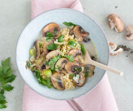 Herzhaftes Hirse-Porridge mit Pilzen