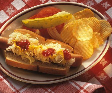Hot Dog mit Sauerkraut