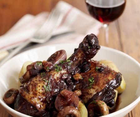 Huhn in Weinsoße (Coq au vin)
