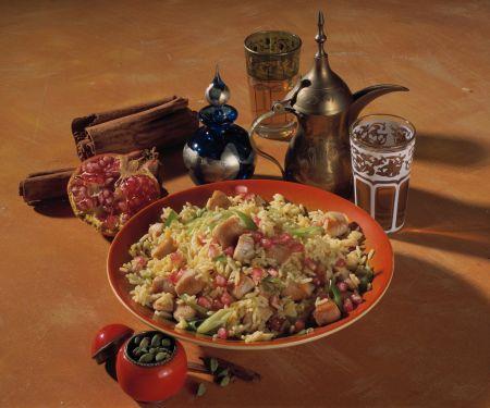Indischer Reis mit Hähnchen und Granatapfel