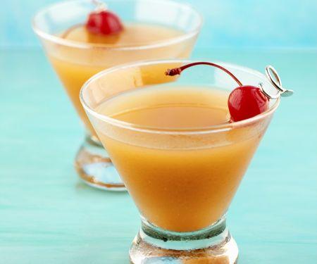 jackpot drink mit whisky cherry brandy lik r orangensaft rezept eat smarter. Black Bedroom Furniture Sets. Home Design Ideas