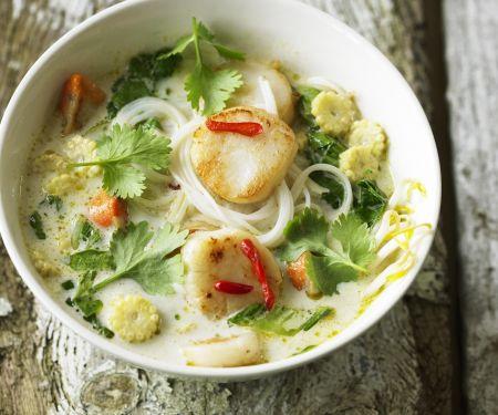 Jakobmuschelsuppe auf thailändische Art