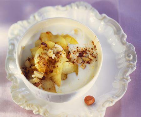 Joghurt mit gebratenem Apfel