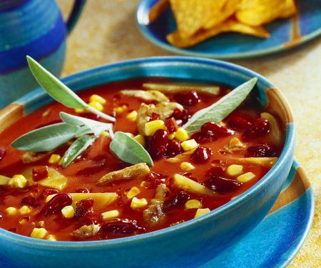 Kalbfleisch mit Gemüse in Tomatensauce
