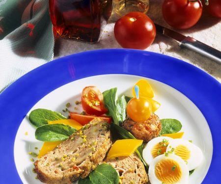 Kalter Hackbraten mit Salat