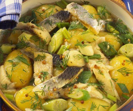 Kartoffel-Herings-Eintopf mit Lauchzwiebeln