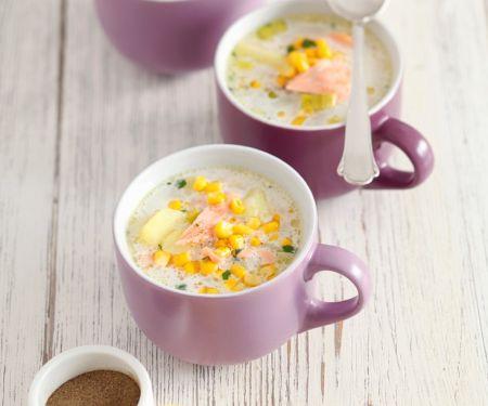 Kartoffel-Maissuppe mit Lachs