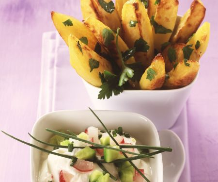 Kartoffel-Wedges mit Radieschencreme