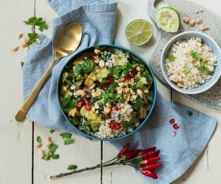 Keto-Gemüse-Curry mit Blumenkohlreis