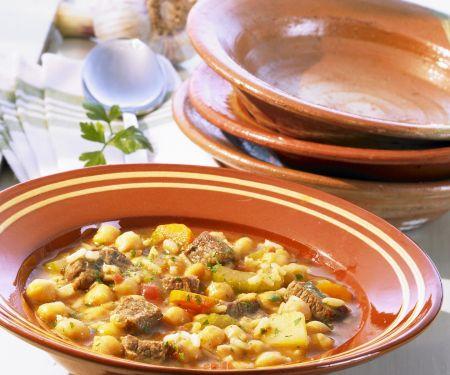 Kichererbsensuppe mit Rind auf marokkanische Art