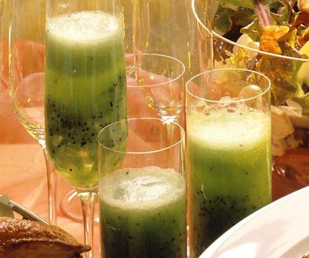 Kiwi-Sekt-Cocktail