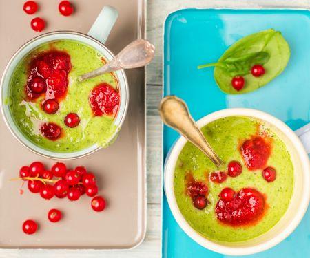 Kiwi-Spinat-Smoothie mit Johannisbeeren