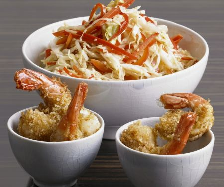 Kohlsalat nach Asia-Art mit frittierten Scampi