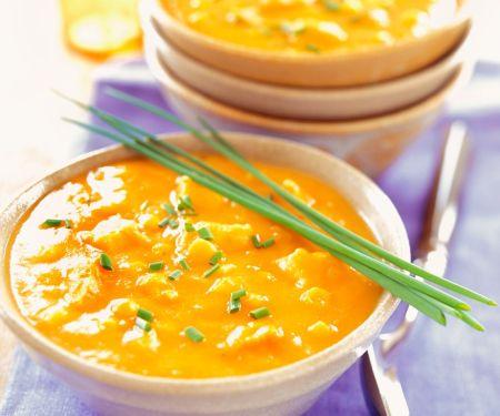 Kokos-Currysuppe mit Pute