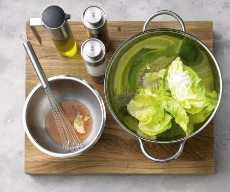 Kopfsalat mit Vinaigrette