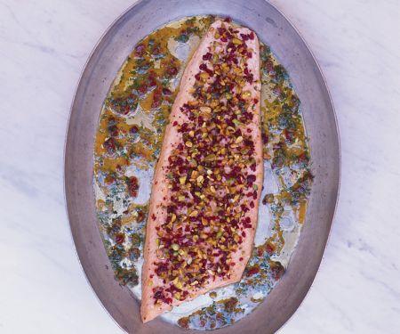 Lachs mit Cranberry-Pistazien-Kruste