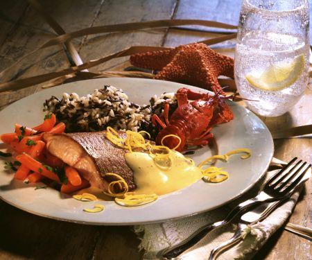 Lachs mit Hollandaise und Möhrengemüse