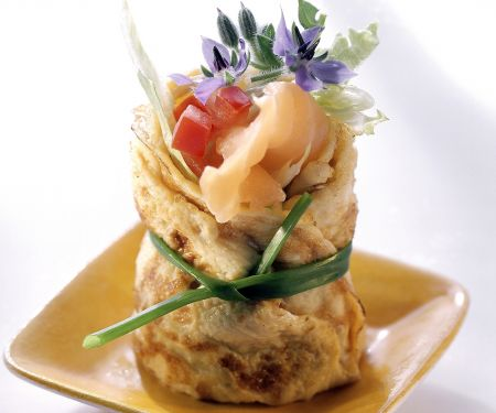 Lachs-Omelett-Röllchen