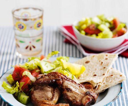 Lammchops mit Salat