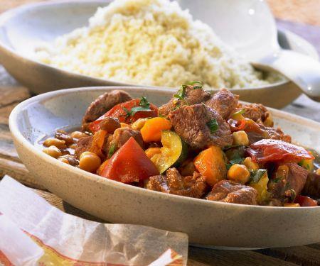 Lammeintopf mit Kichererbsen und Safran dazu Couscous