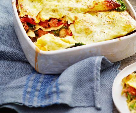 Lasagne mit italienischer Wurst und Grünkohl