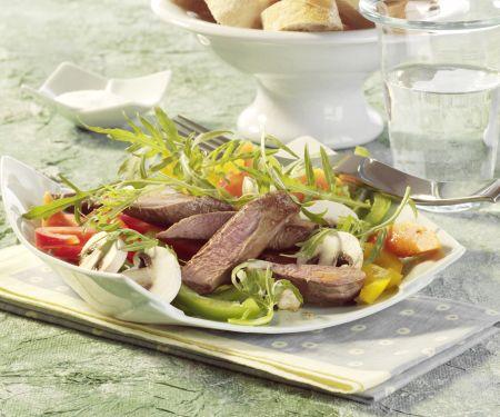 Lauwarmer Salat mit Lammfilet und Papaya