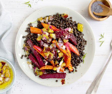 Linsen-Ofengemüse-Salat mit Mohn und Pflaumen-Dressing