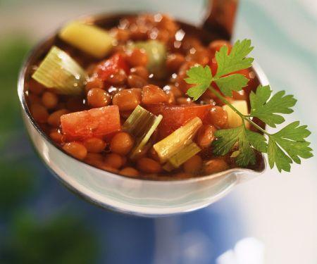 Linsensuppe mit Gemüse