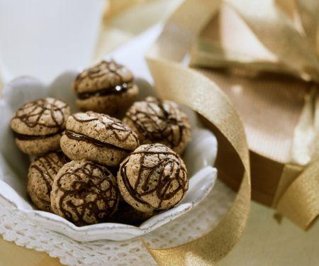 Makronen mit Schokolade
